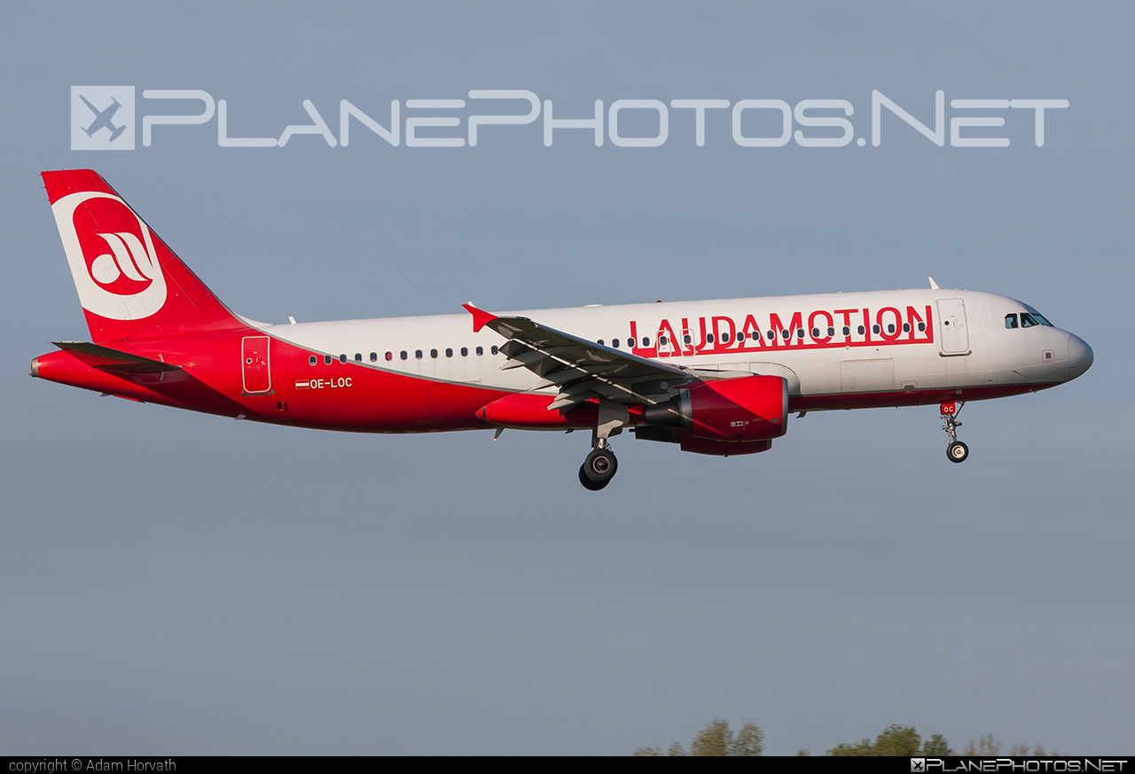 Airbus A320-214 - OE-LOC operated by LaudaMotion #a320 #a320family #airbus #airbus320 #laudamotion