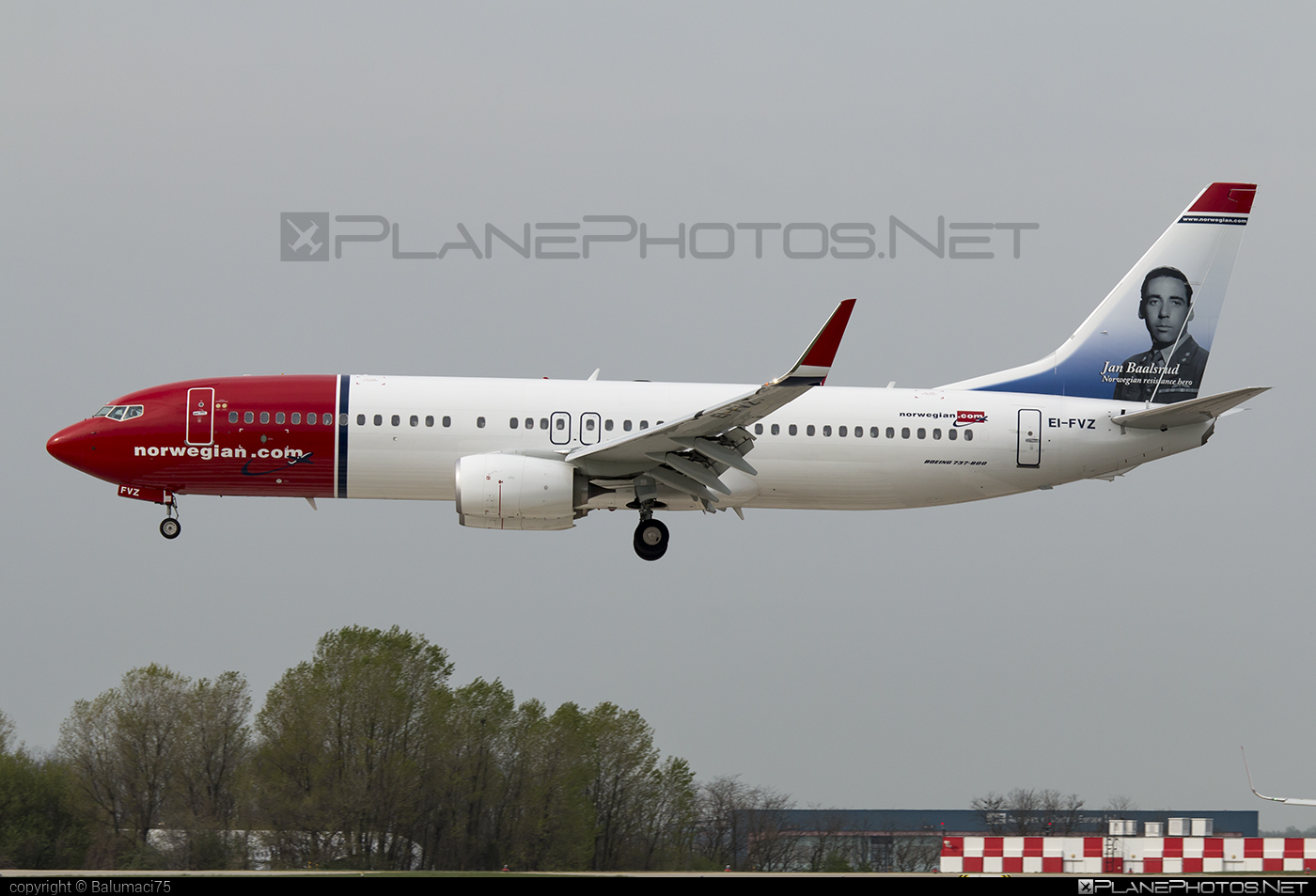 Boeing 737-800 - EI-FVZ operated by Norwegian Air International #b737 #b737nextgen #b737ng #boeing #boeing737 #norwegian #norwegianair #norwegianairinternational