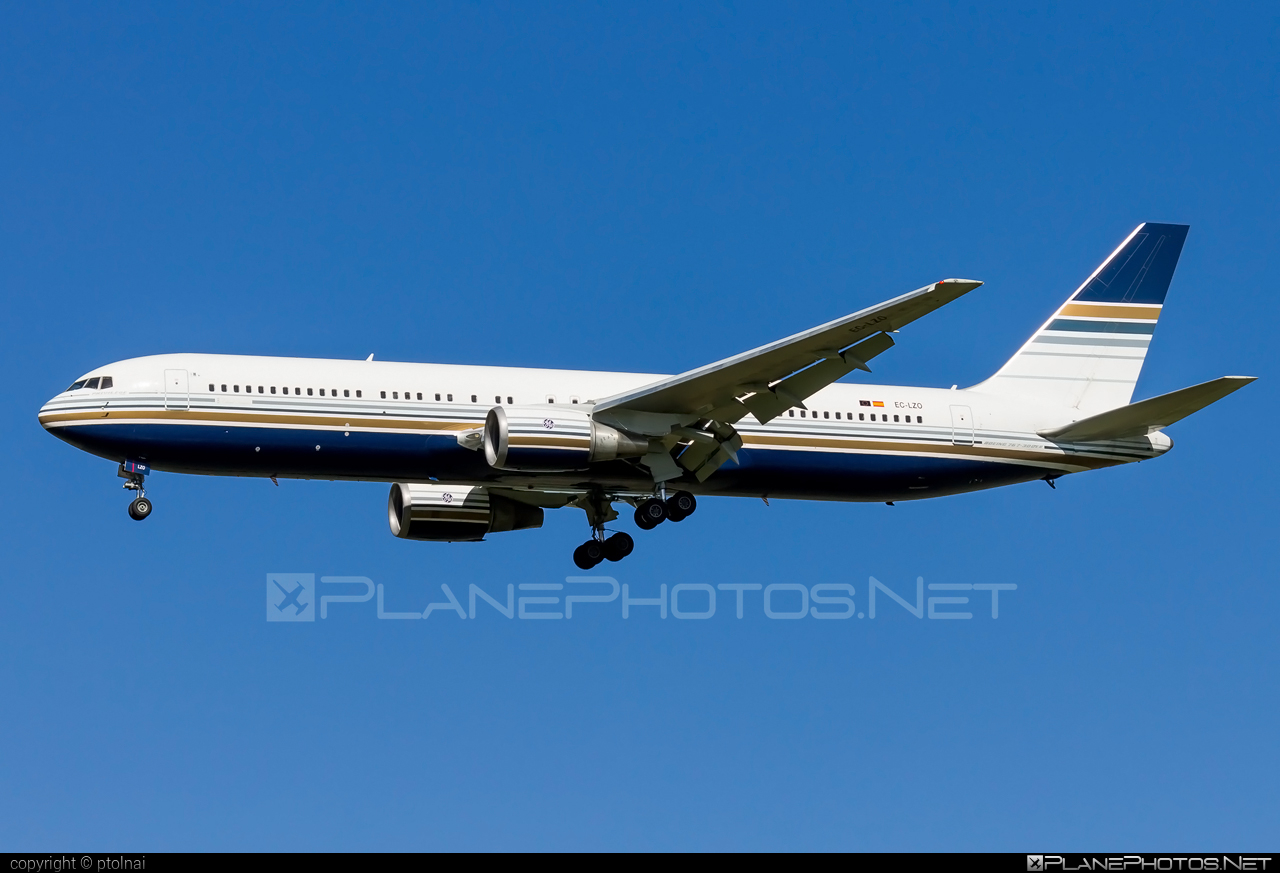 Boeing 767-300ER - EC-LZO operated by Privilege Style #b767 #b767er #boeing #boeing767