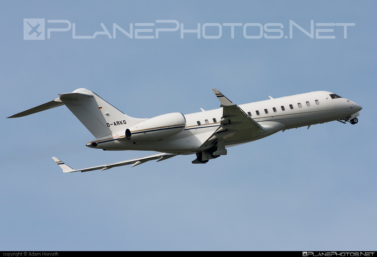 Bombardier Global Express XRS (BD-700-1A10) - D-ARKO operated by K5-Aviation #bd7001a10 #bombardier #bombardierglobalexpressxrs #globalexpress #globalexpressxrs #k5aviation