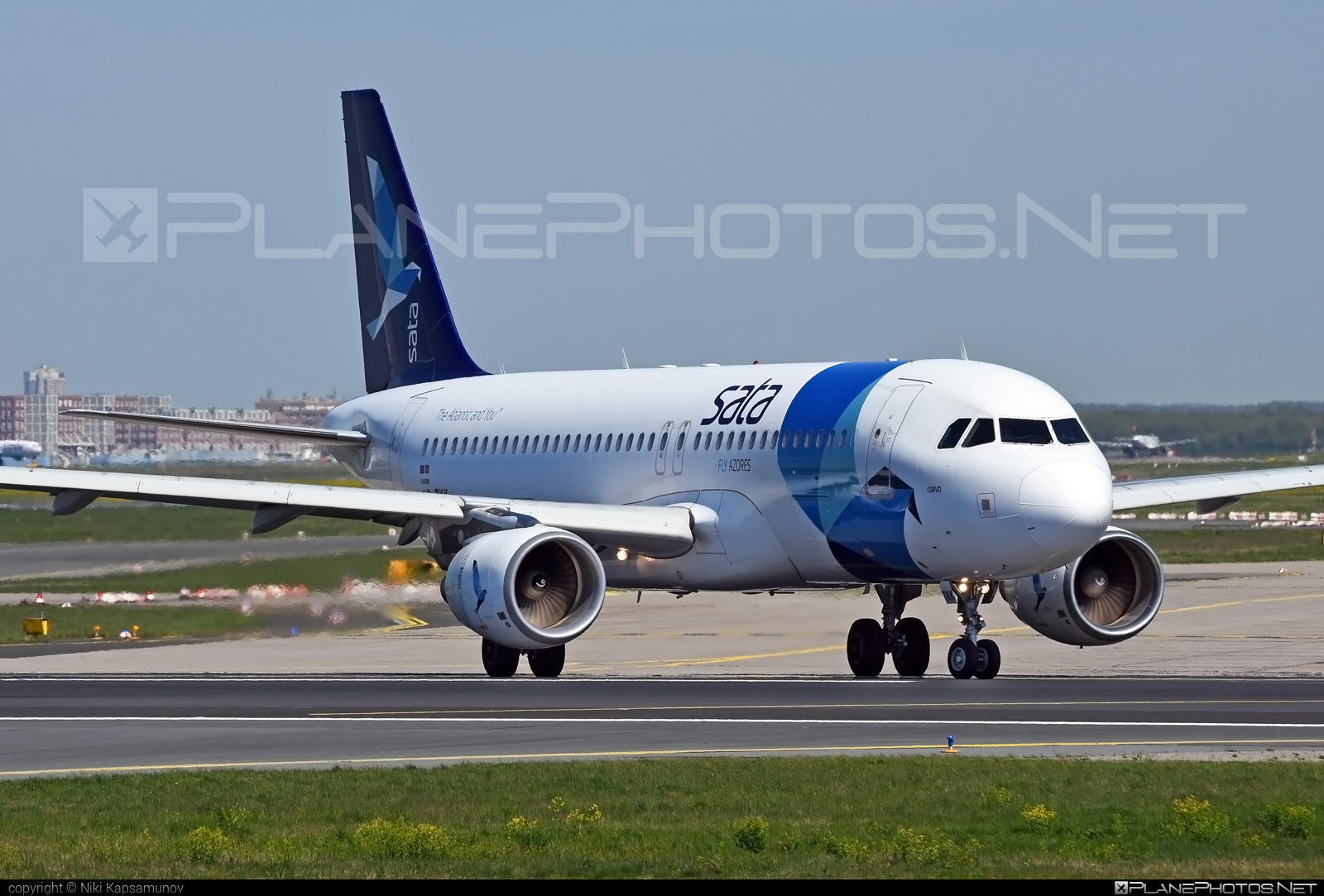 Airbus A320-214 - CS-TKK operated by Azores Airlines #a320 #a320family #airbus #airbus320 #azoresairlines