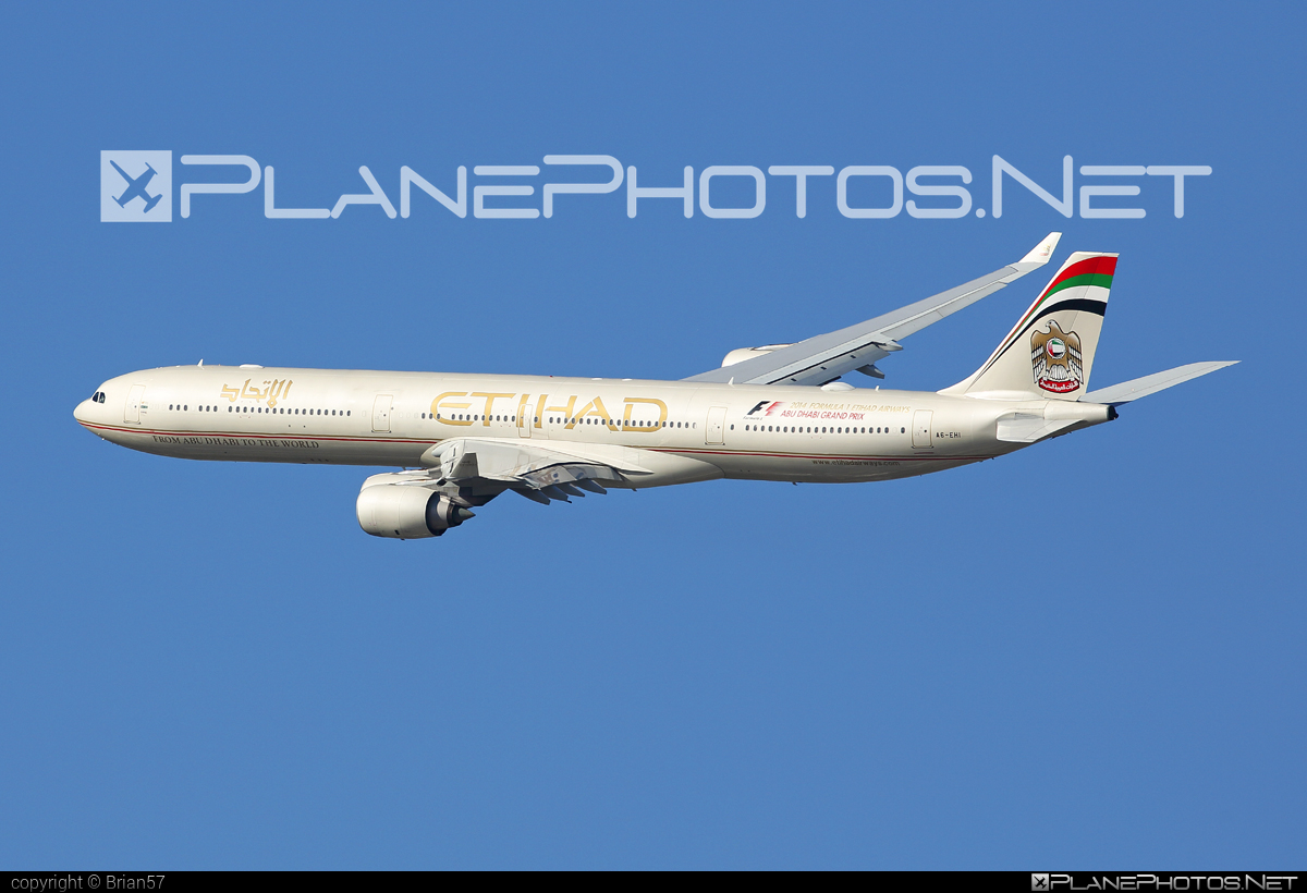 Airbus A340-642 - A6-EHI operated by Etihad Airways #a340 #a340family #airbus #airbus340 #etihad #etihadairways