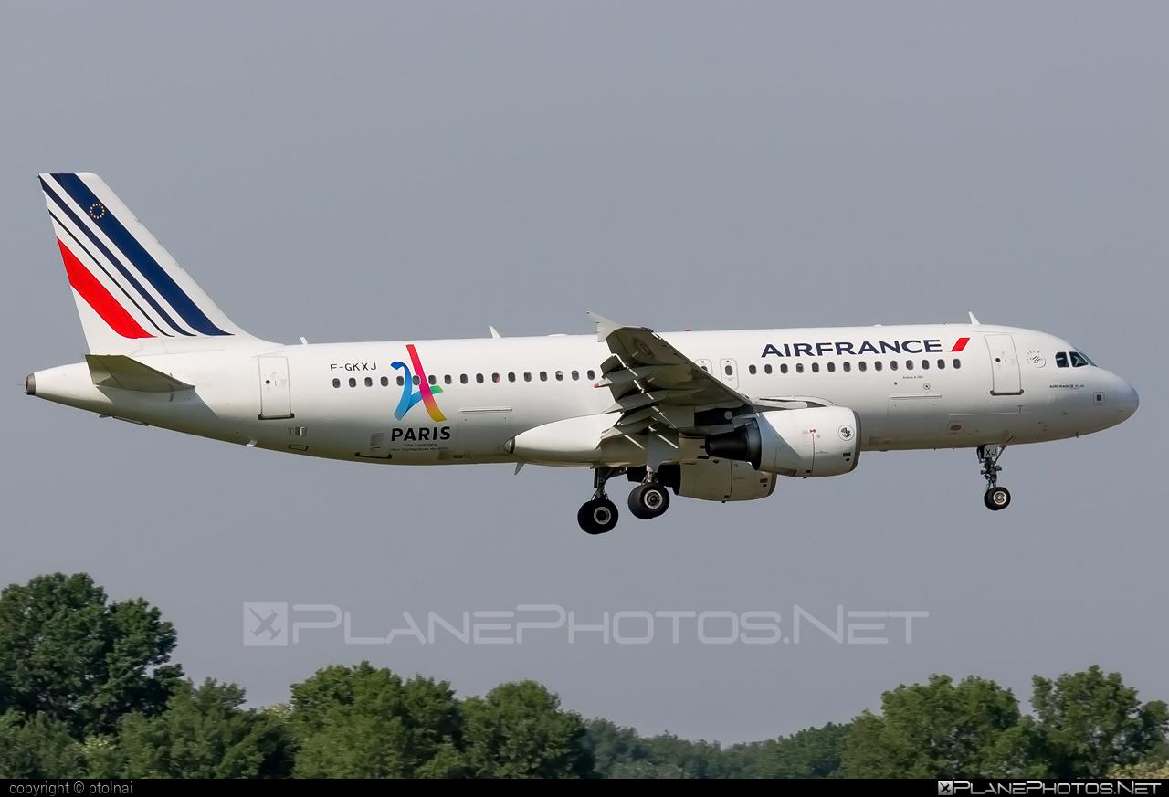 Air France Airbus A320-214 - F-GKXJ #a320 #a320family #airbus #airbus320 #airfrance