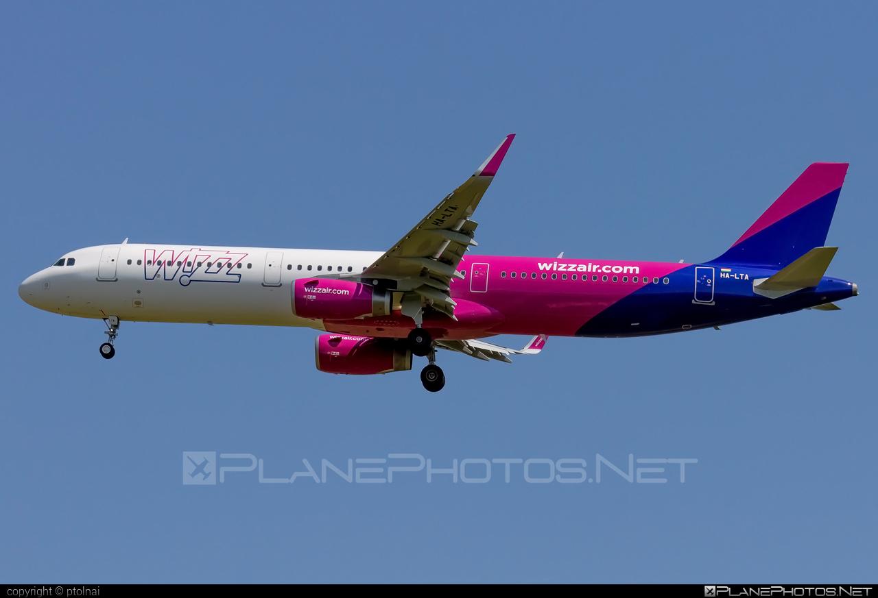 Wizz Air Airbus A321-231 - HA-LTA #a320family #a321 #airbus #airbus321 #wizz #wizzair