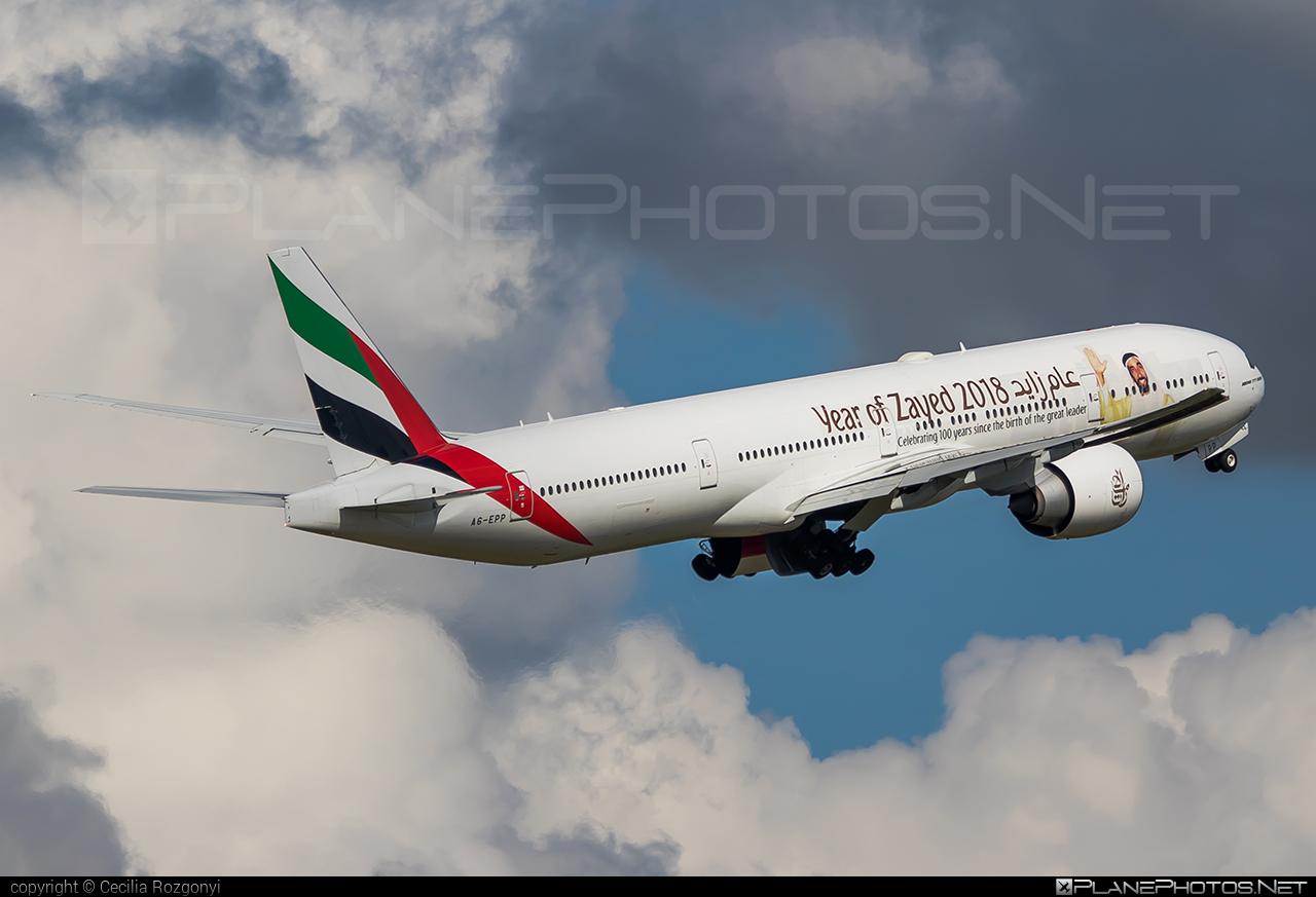 Emirates Boeing 777-300ER - A6-EPP #b777 #b777er #boeing #boeing777 #emirates #tripleseven