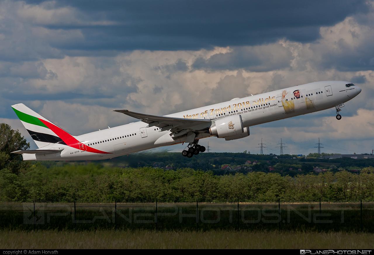 Emirates Boeing 777-300ER - A6-EPP #b777 #boeing #emirates #tripleseven