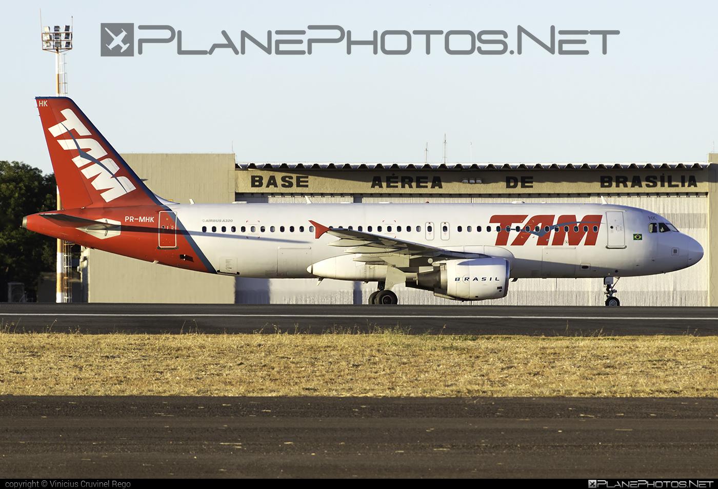 LATAM Linhas Aéreas Brasil Airbus A320-214 - PR-MHK #a320 #a320family #airbus #airbus320