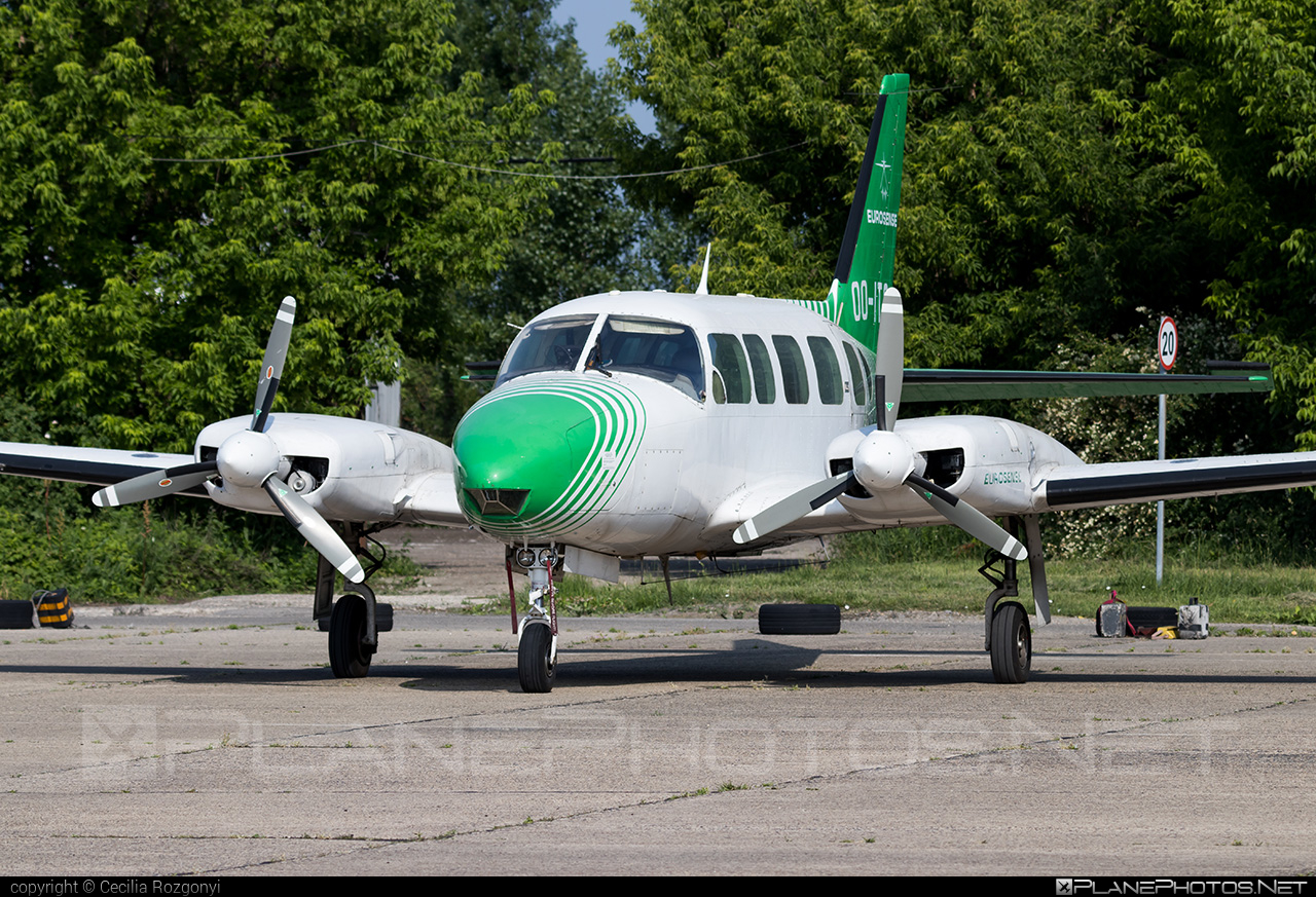 Piper PA-31-350 Chieftain - OO-ITC operated by EUROSENSE #eurosense #pa31350 #pa31350chieftain #piper #piper31 #piper31chieftain #piper31navajo