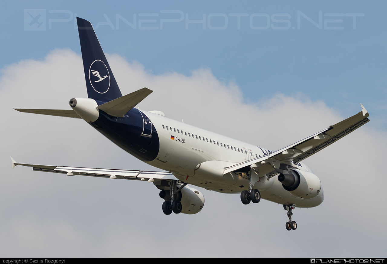 Airbus A320-214 - D-AIZC operated by Lufthansa #a320 #a320family #airbus #airbus320 #lufthansa