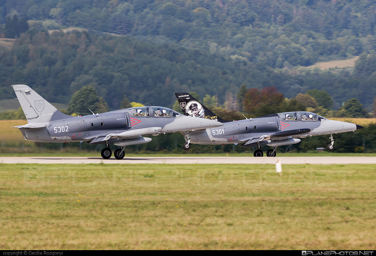 Aero L-39CM Albatros - 5302 operated by Vzdušné sily OS SR (Slovak Air Force) #aero #slovakairforce #vzdusnesilyossr