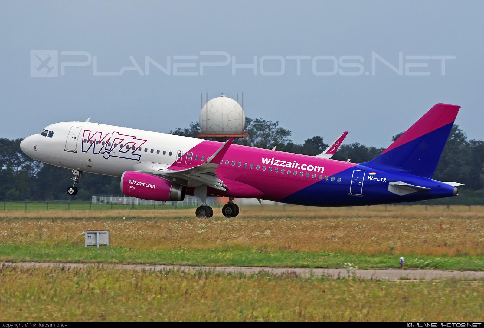 Wizz Air Airbus A320-232 - HA-LYX #a320 #a320family #airbus #airbus320 #wizz #wizzair