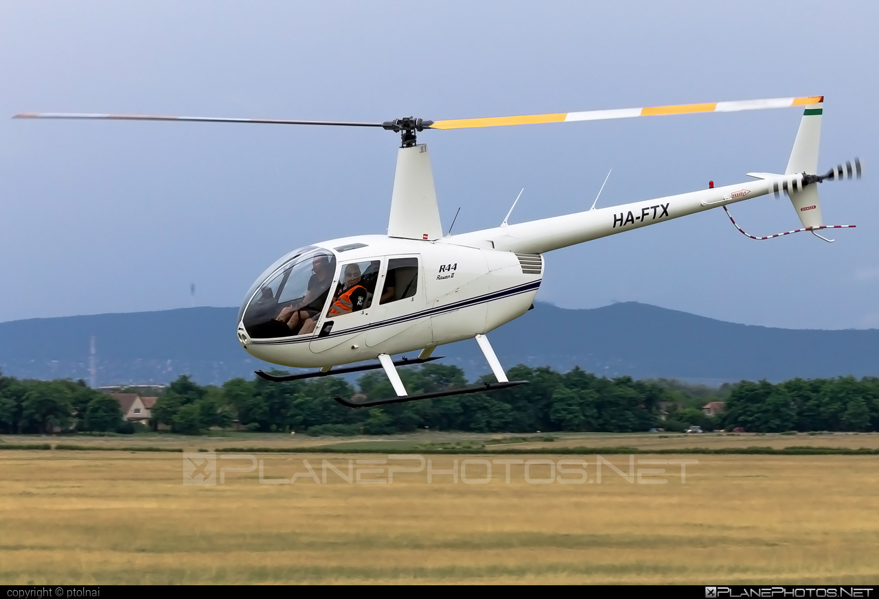Robinson R44 Raven II - HA-FTX operated by BHS Hungary Kft. #bhshungary #robinson