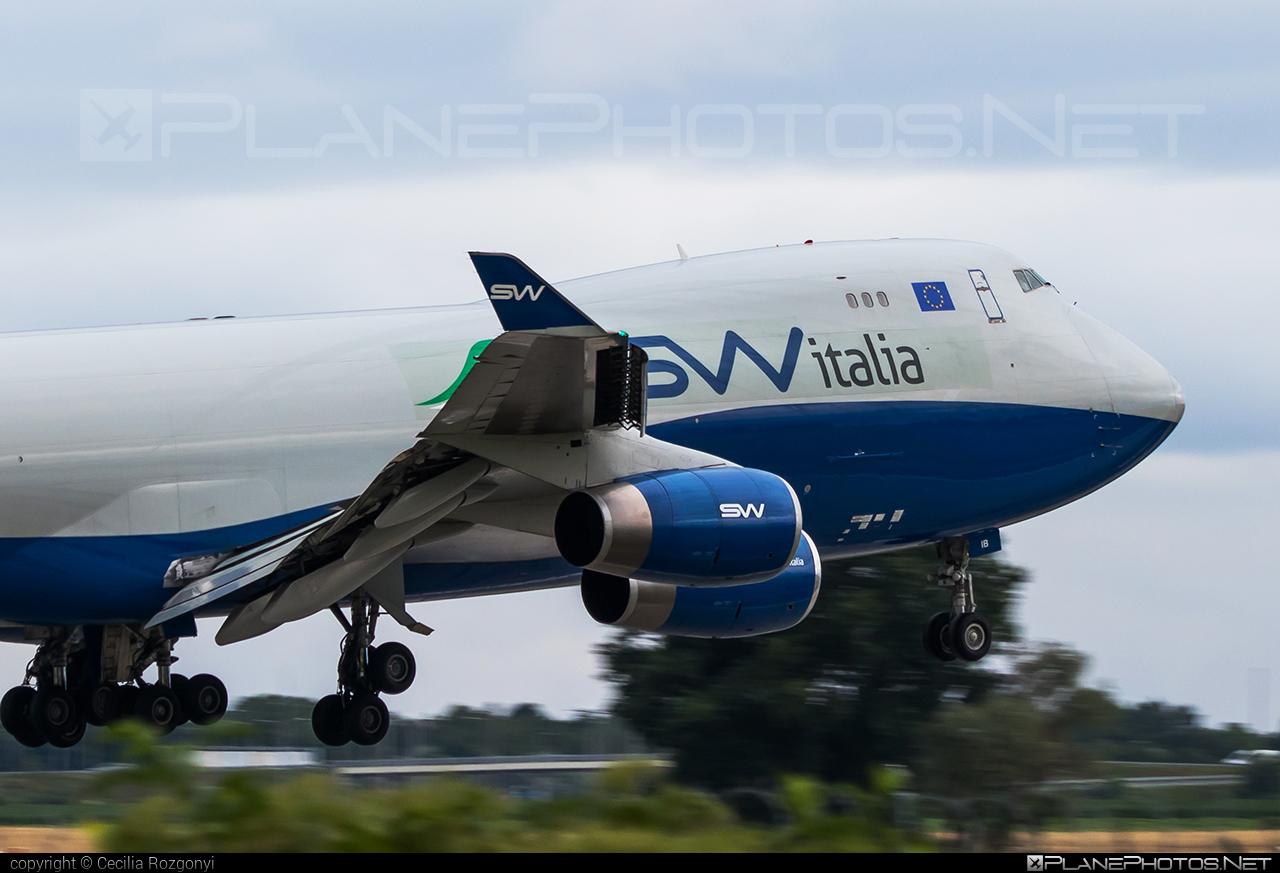 Boeing 747-400F - I-SWIB operated by SW Italia #b747 #boeing #boeing747 #jumbo #silkwayairlines #switalia