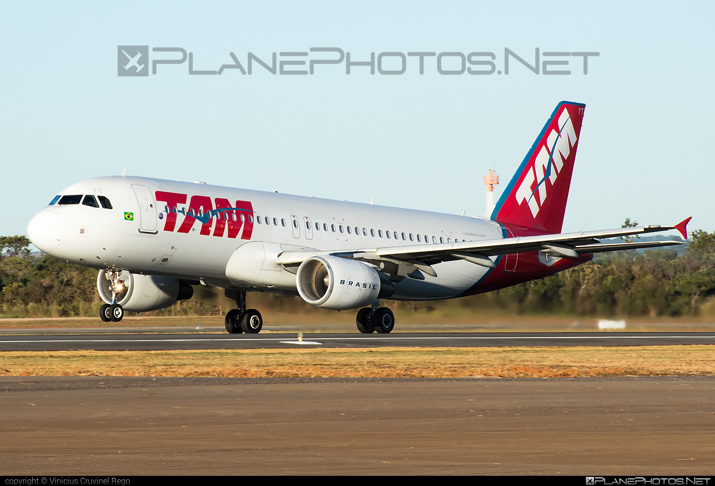 Airbus A320-214 - PR-MYT operated by LATAM Linhas Aéreas Brasil #a320 #a320family #airbus #airbus320