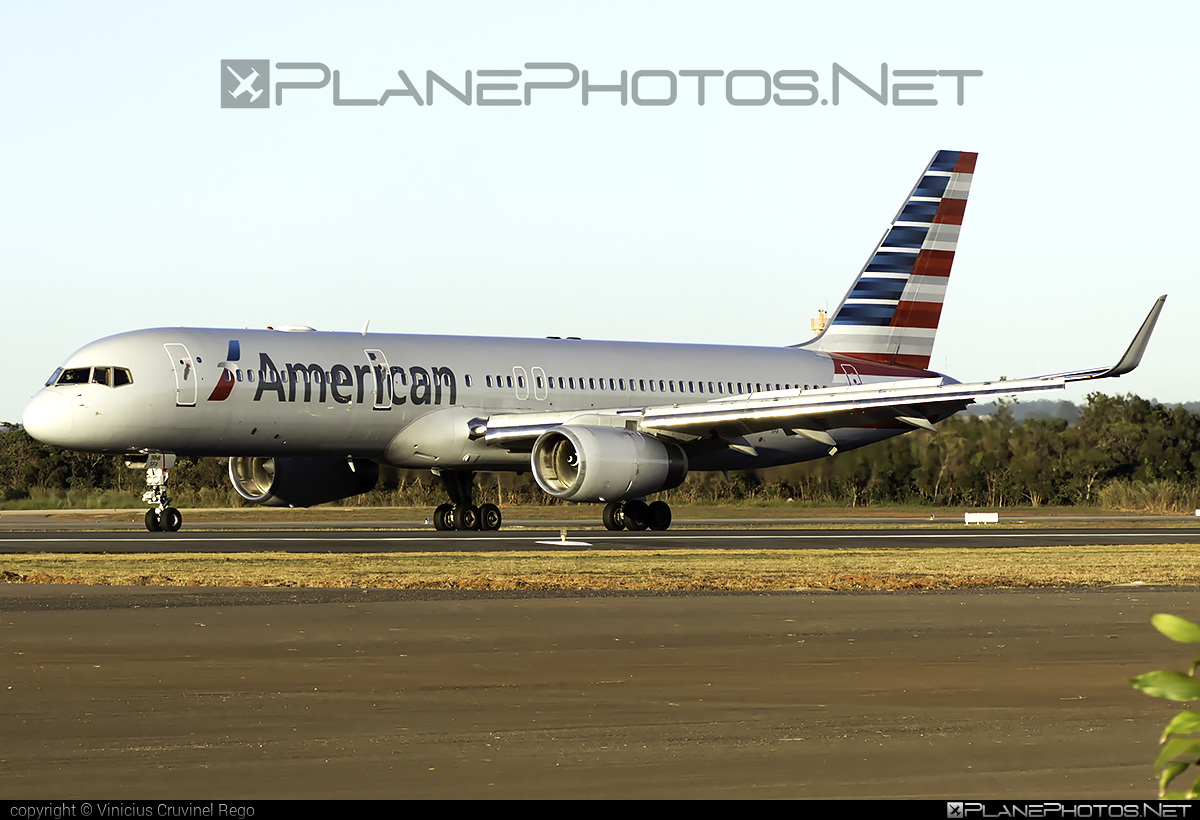 Boeing 757-200 - N191AN operated by American Airlines #americanairlines #b757 #boeing #boeing757