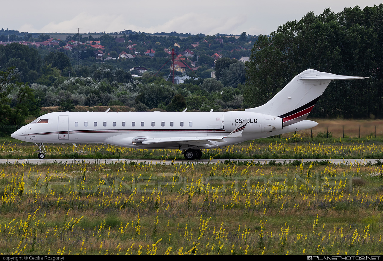 Bombardier Global 6000 (BD-700-1A10) - CS-GLG operated by NetJets Europe #bd7001a10 #bombardier #bombardierglobal6000 #global6000