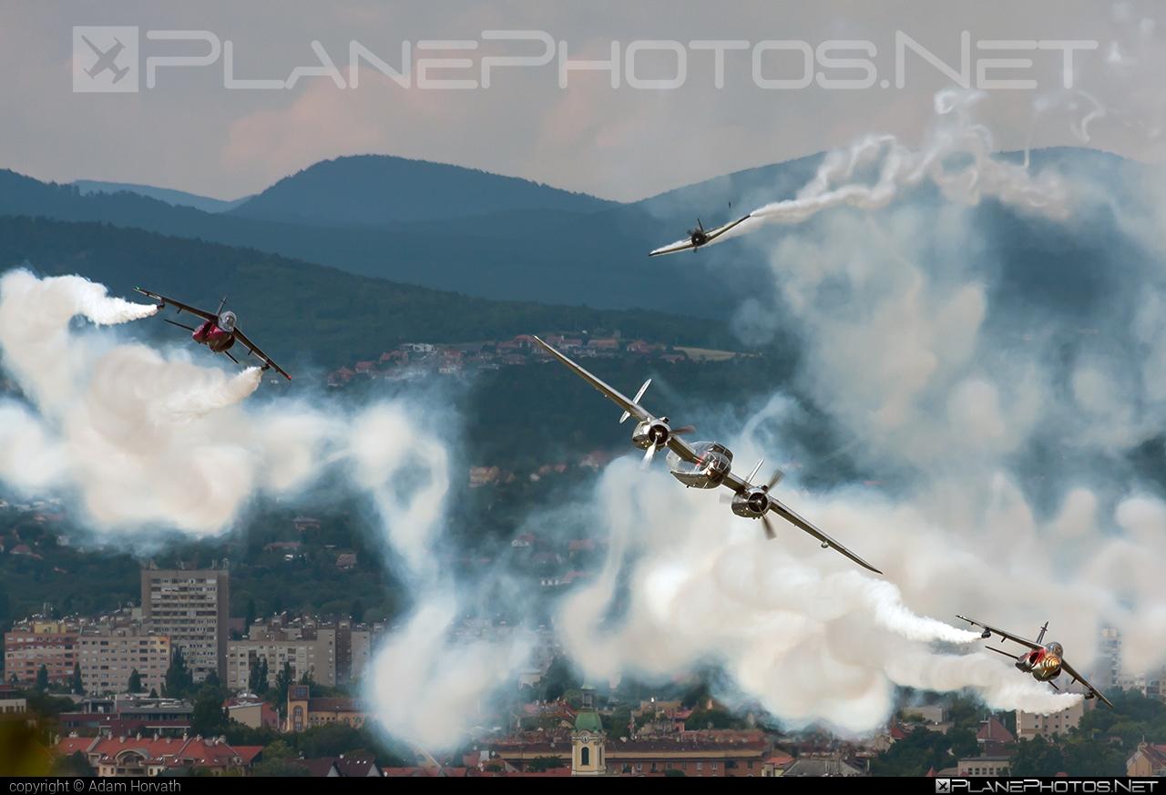 North American B-25J Mitchell - N6123C operated by The Flying Bulls #b25 #b25j #b25mitchell #northamerican #redbullairrace #redbullairracebudapest #theflyingbulls