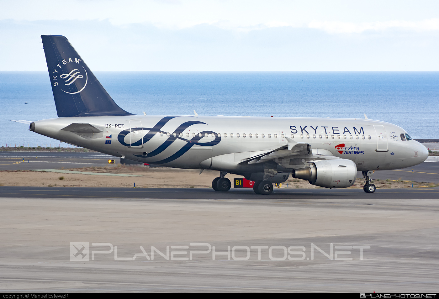 Airbus A319-112 - OK-PET operated by CSA Czech Airlines #a319 #a320family #airbus #airbus319 #csa #czechairlines #skyteam