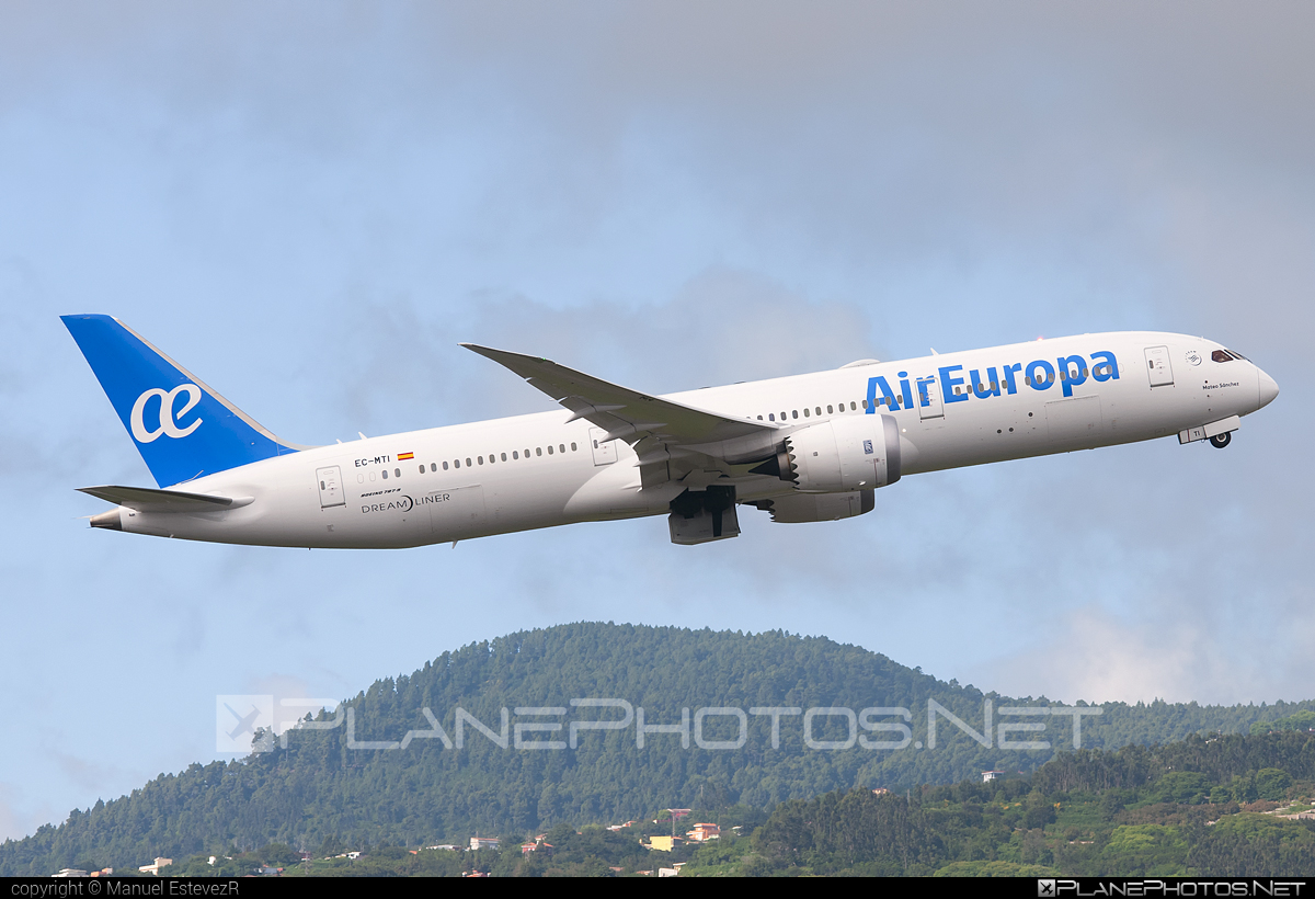 Boeing 787-9 Dreamliner - EC-MTI operated by Air Europa #b787 #boeing #boeing787 #dreamliner