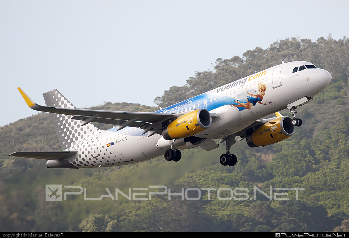 Airbus A320-232 - EC-MLE operated by Vueling Airlines #a320 #a320family #airbus #airbus320 #vueling #vuelingairlines