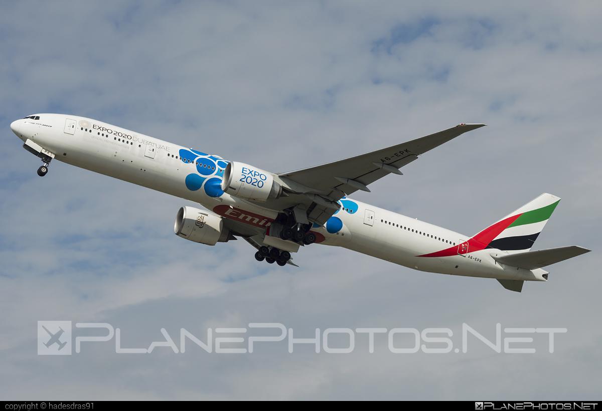 Emirates Boeing 777-300ER - A6-EPK #b777 #b777er #boeing #boeing777 #emirates #tripleseven