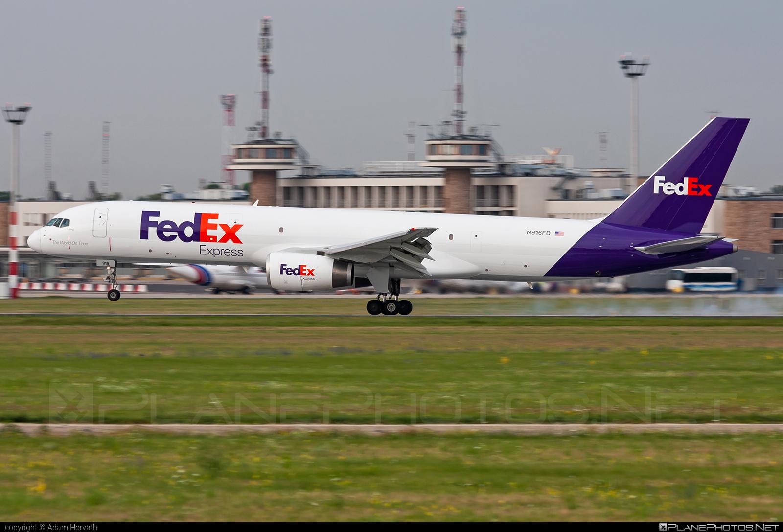 FedEx Express Boeing 757-200SF - N916FD #b757 #boeing #fedex #fedexairlines #fedexexpress