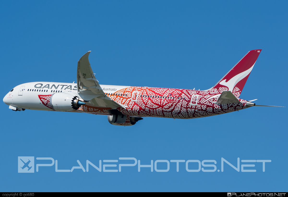 Boeing 787-9 Dreamliner - VH-ZND operated by Qantas #b787 #boeing #boeing787 #dreamliner #qantas