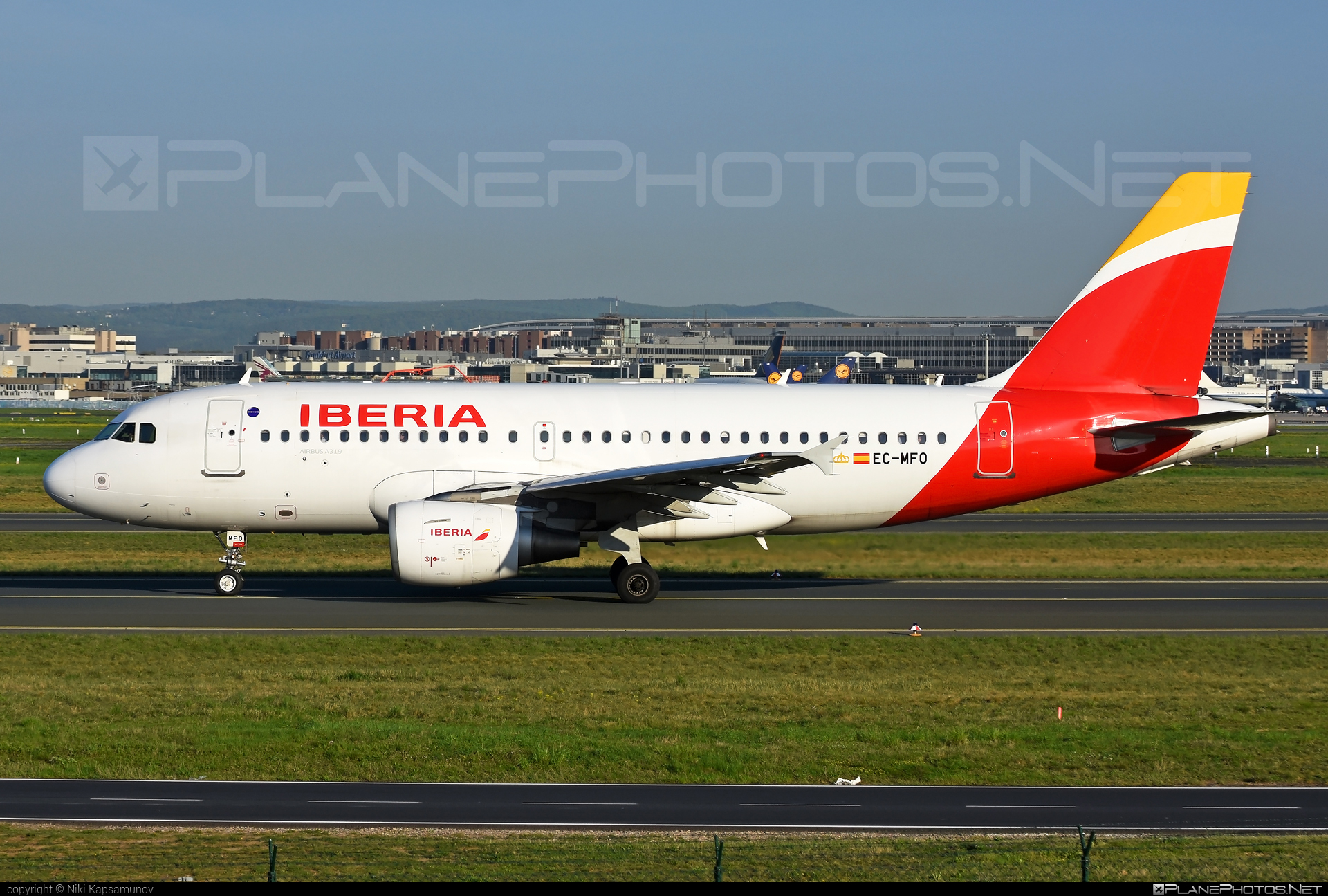 Airbus A319-111 - EC-MFO operated by Iberia #a319 #a320family #airbus #airbus319 #iberia