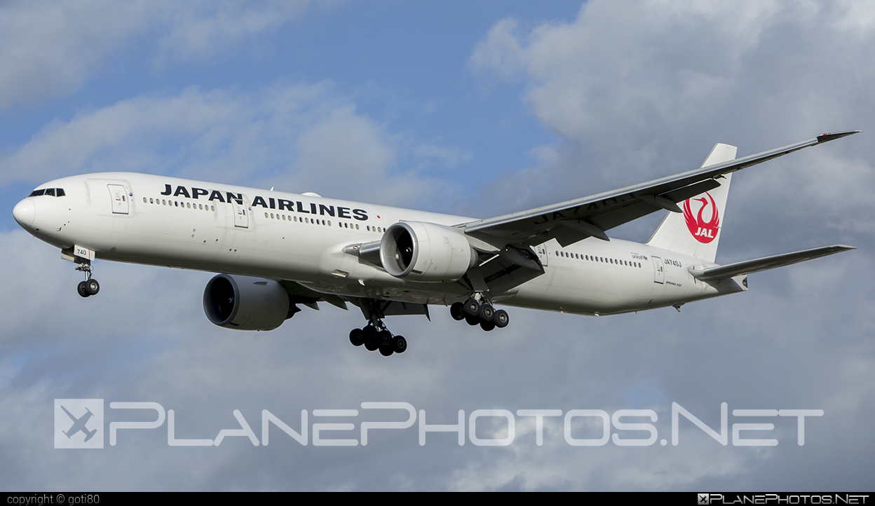 Boeing 777-300ER - JA740J operated by Japan Airlines (JAL) #b777 #b777er #boeing #boeing777 #tripleseven