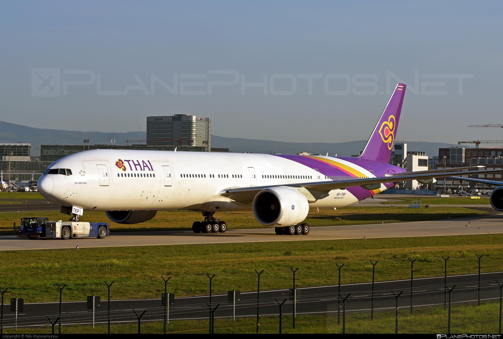 Boeing 777-300ER - HS-TKP operated by Thai Airways #b777 #b777er #boeing #boeing777 #thaiairways #tripleseven