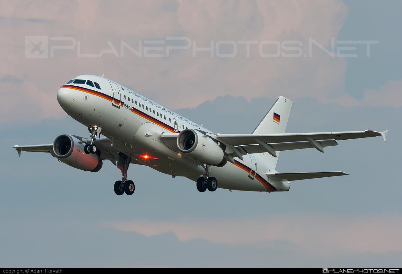 Luftwaffe (German Air Force) Airbus ACJ319-133X - 15+01 #acj319 #acj319133x #airbus #airbuscorporatejet