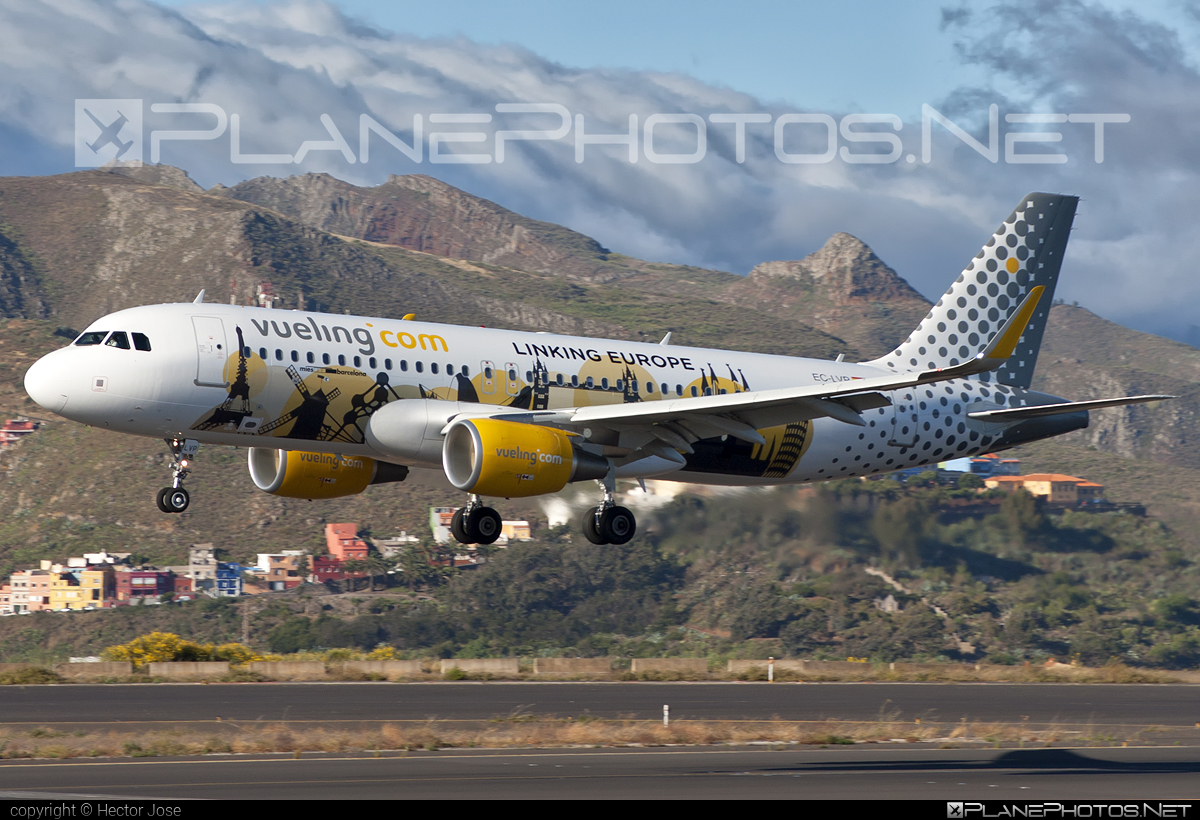 Airbus A320-214 - EC-LVP operated by Vueling Airlines #a320 #a320family #airbus #airbus320 #vueling #vuelingairlines