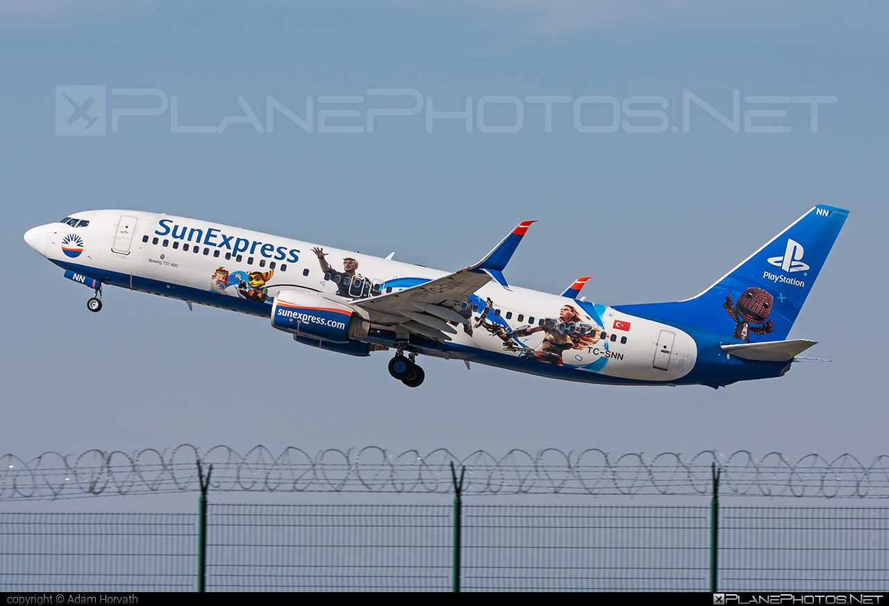 Boeing 737-800 - TC-SNN operated by SunExpress #b737 #b737nextgen #b737ng #boeing #boeing737