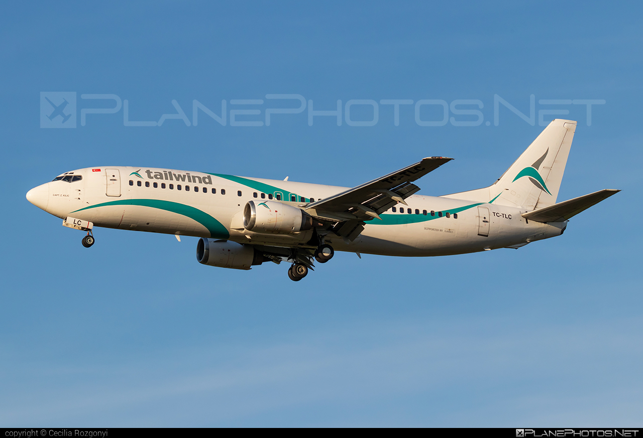 Tailwind Airlines Boeing 737-400 - TC-TLC #b737 #boeing #boeing737