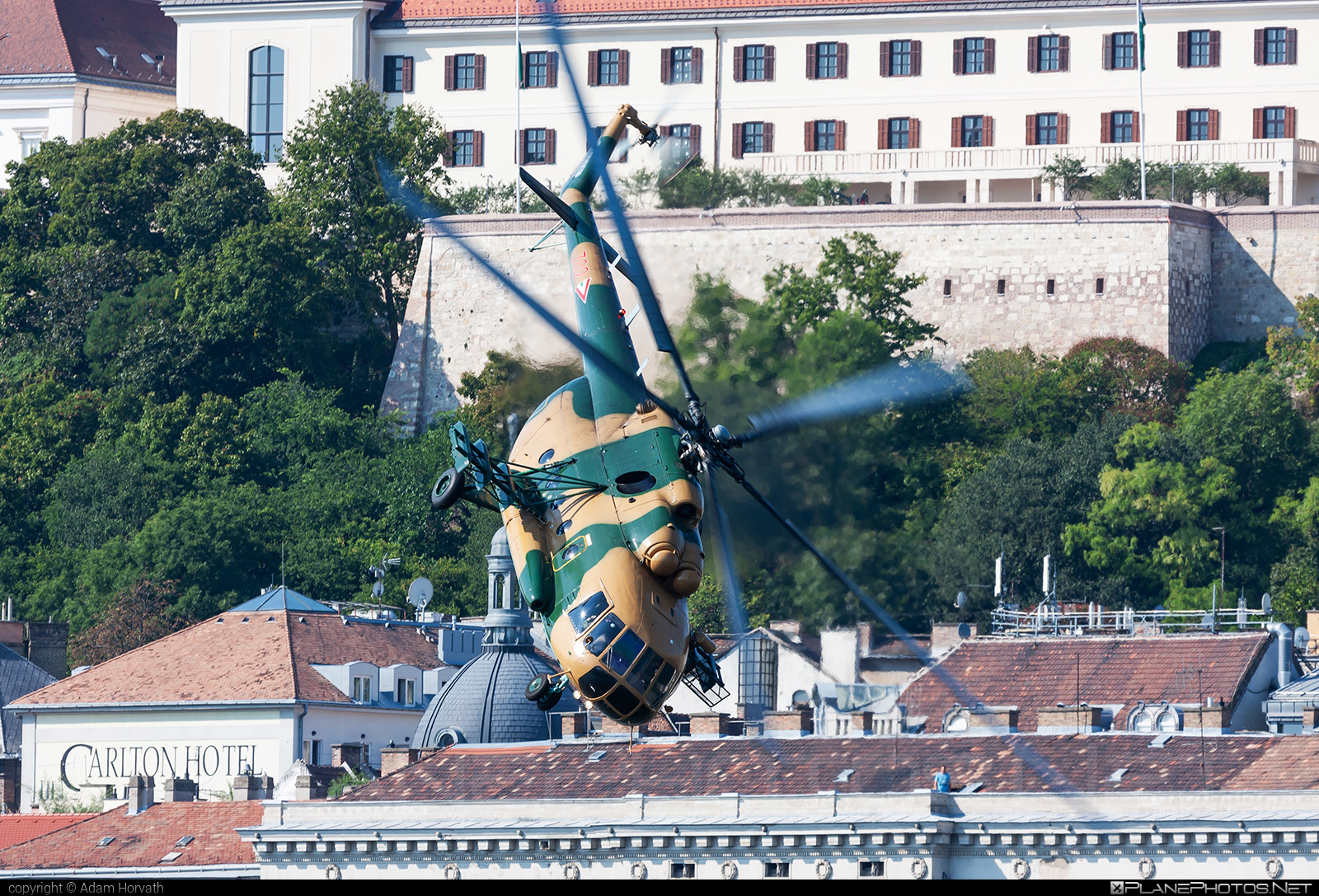 Mil Mi-17 - 702 operated by Magyar Légierő (Hungarian Air Force) #hungarianairforce #magyarlegiero #mi17 #mil #mil17 #milhelicopters