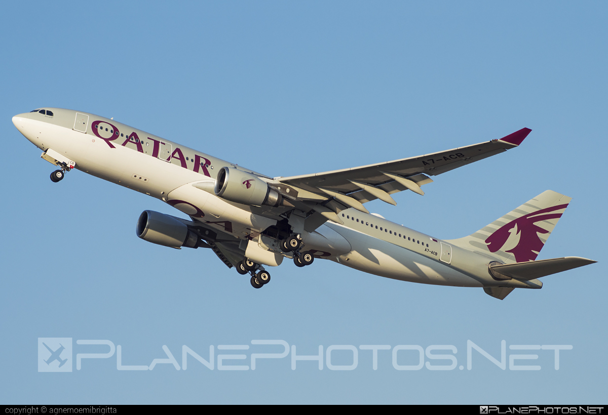 Airbus A330-202 - A7-ACB operated by Qatar Airways #a330 #a330family #airbus #airbus330 #qatarairways