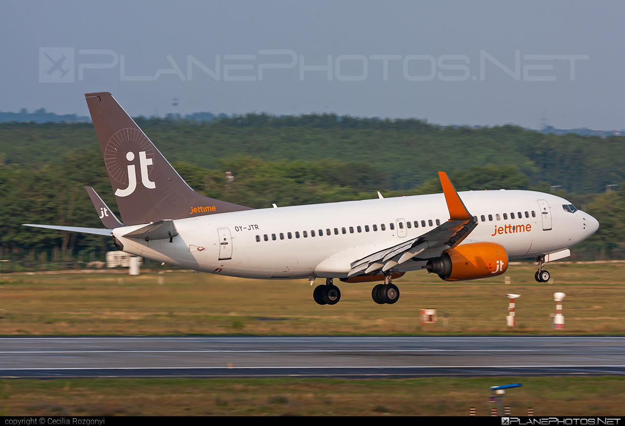 Boeing 737-700 - OY-JTR operated by Jet Time #b737 #b737nextgen #b737ng #boeing #boeing737