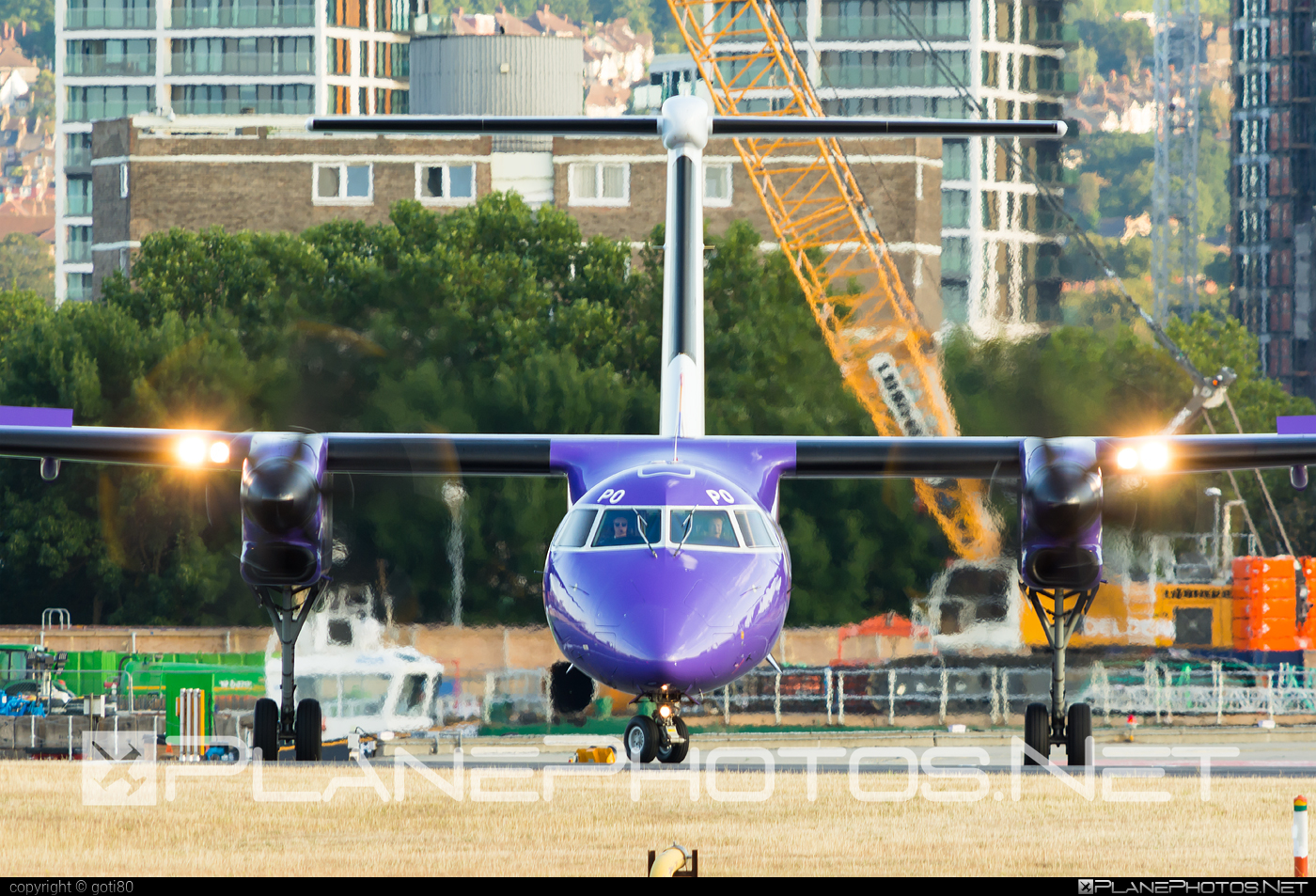 Flybe Bombardier DHC-8-Q402 Dash 8 - G-PRPO #bombardier