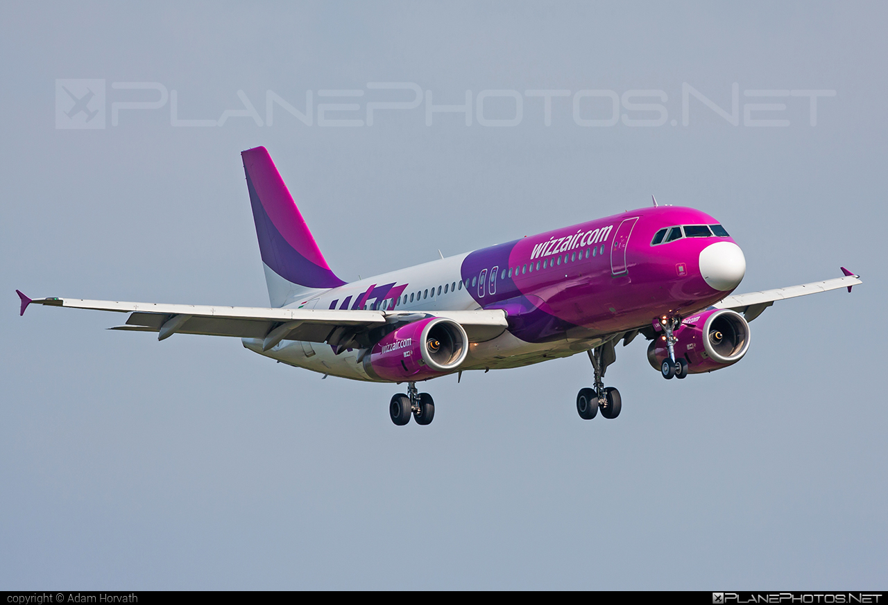Airbus A320-232 - HA-LWA operated by Wizz Air #a320 #a320family #airbus #airbus320 #wizz #wizzair