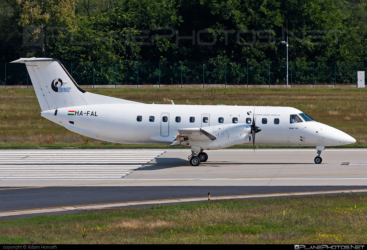 Embraer EMB-120ER Brasilia - HA-FAL operated by Budapest Aircraft Service #embraer