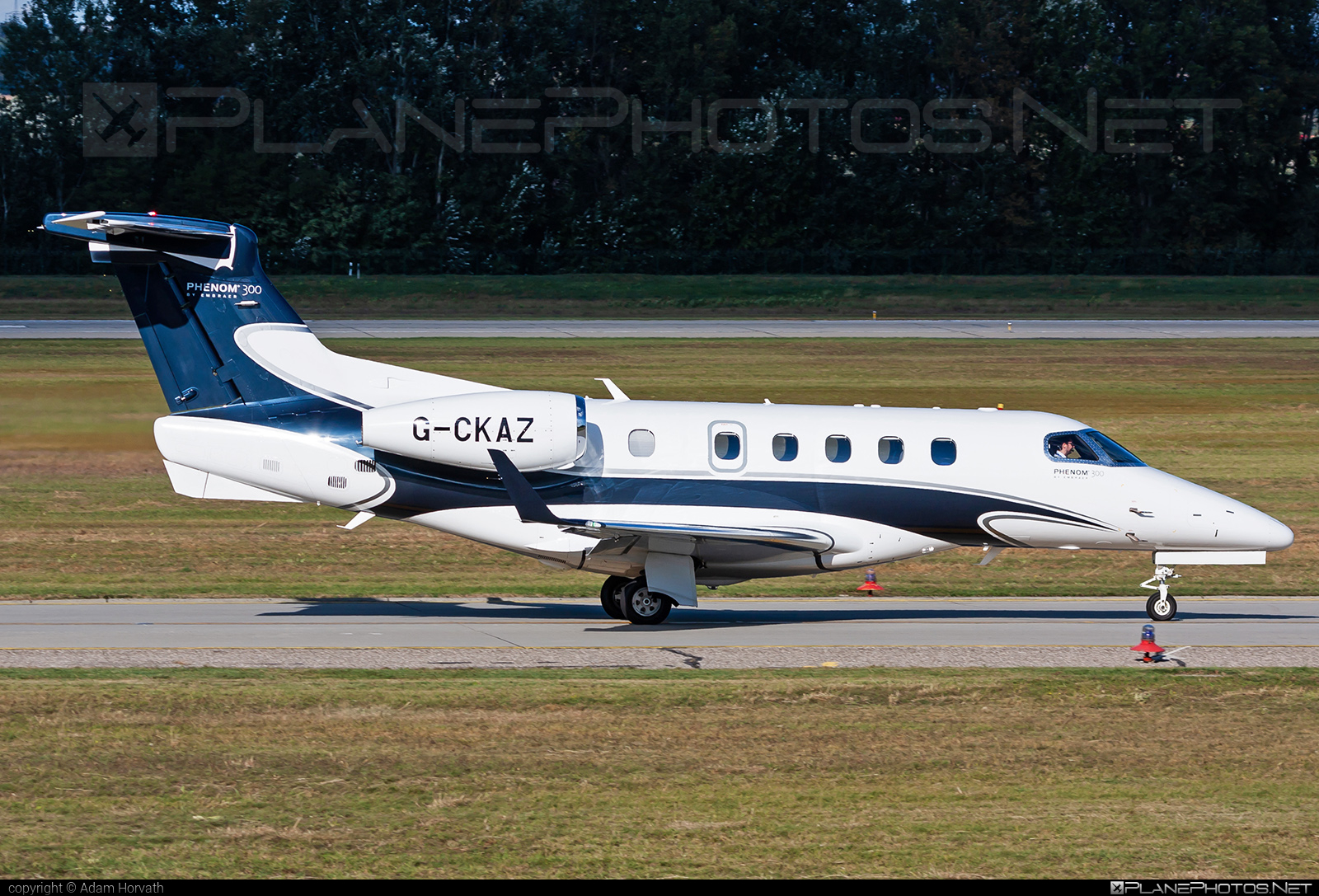 Embraer 505 Phenom 300 - G-CKAZ operated by Private operator #embraer