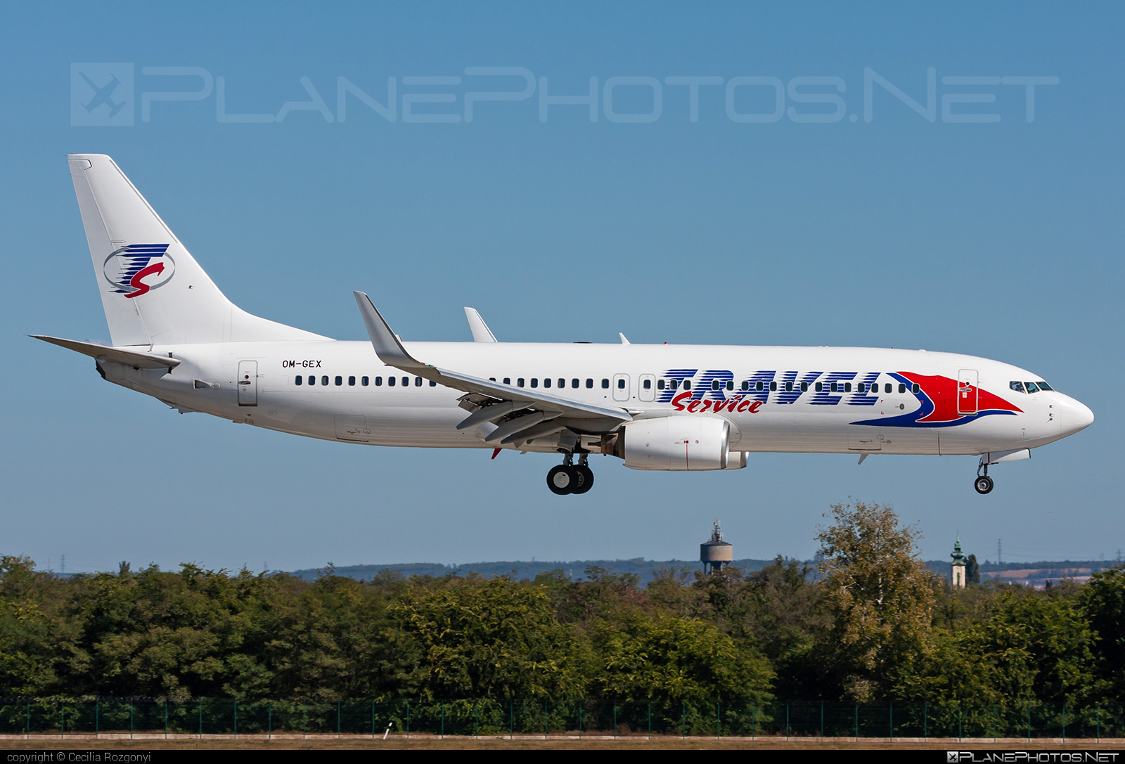 Boeing 737-800 - OM-GEX operated by AirExplore #airexplore #b737 #b737nextgen #b737ng #boeing #boeing737