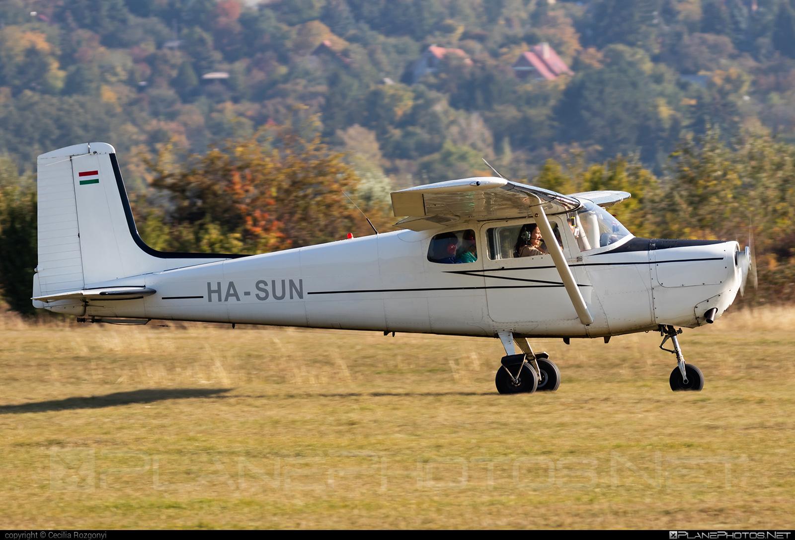 Private operator Cessna 172 Skyhawk - HA-SUN #cessna