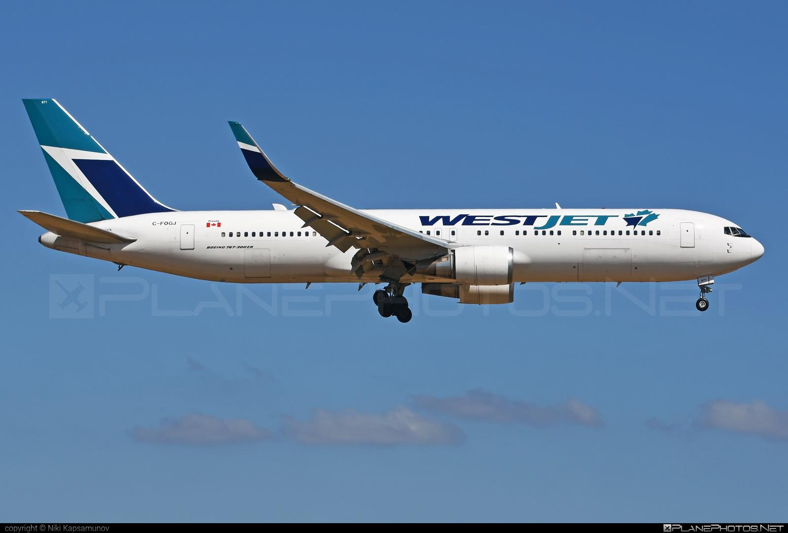 Boeing 767-300ER - C-FOGJ operated by WestJet Airlines #b767 #b767er #boeing #boeing767