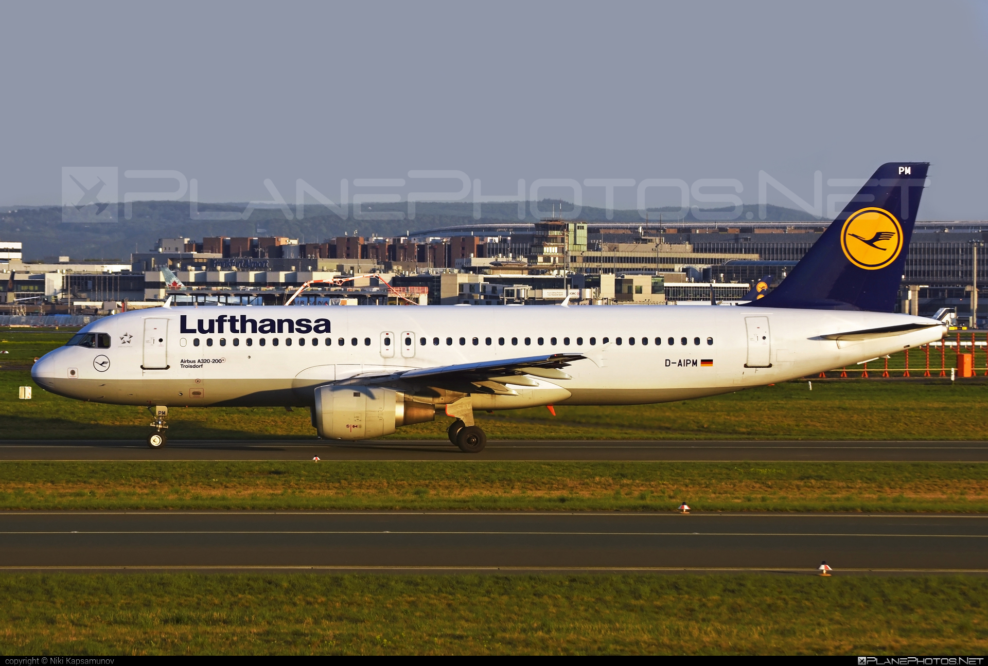 Airbus A320-211 - D-AIPM operated by Lufthansa #a320 #a320family #airbus #airbus320 #lufthansa