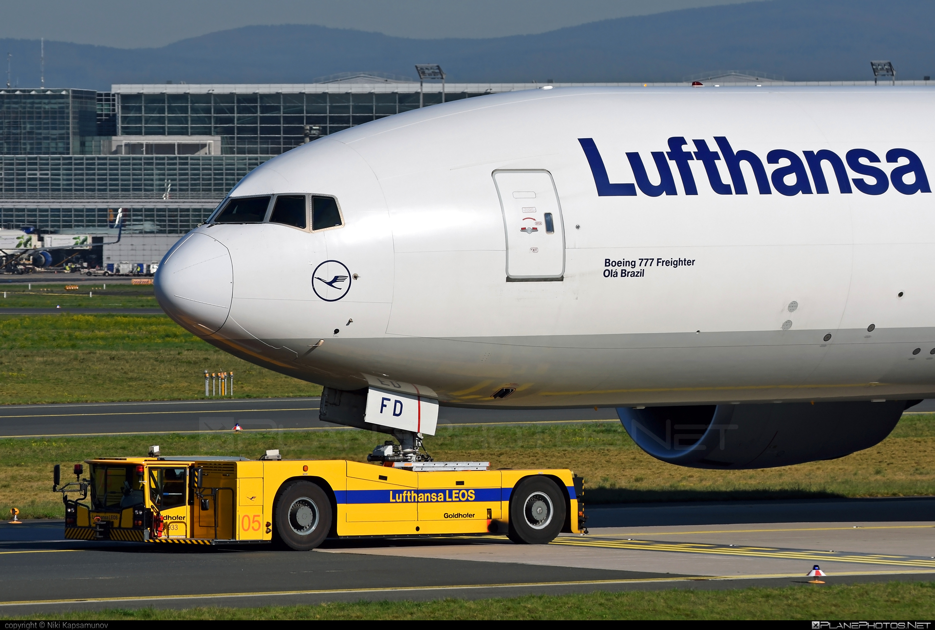 Boeing 777F - D-ALFD operated by Lufthansa Cargo #b777 #b777f #b777freighter #boeing #boeing777 #lufthansa #lufthansacargo #tripleseven