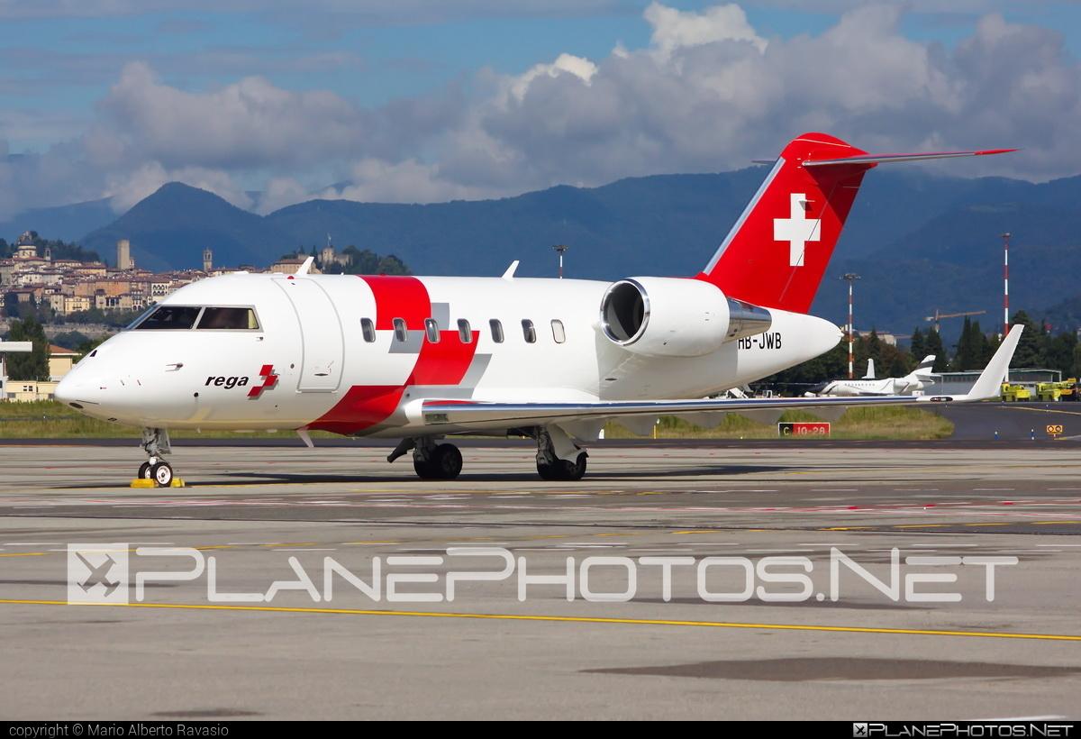 REGA - Swiss Air Ambulance Bombardier CL-600-2B16 Challenger 650 - HB-JWB #bombardier #challenger650 #cl6002b16