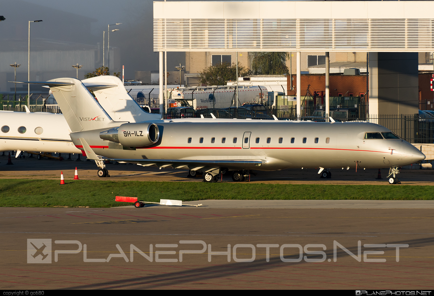 Bombardier CL-600-2B19 Challenger 850 - 9H-ILZ operated by VistaJet #bombardier #challenger850 #cl6002b19 #vistajet