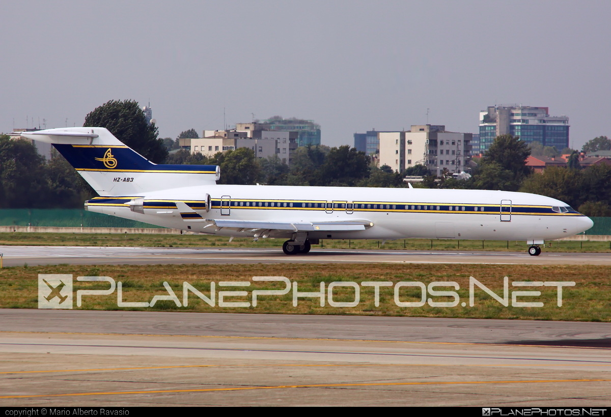 Boeing 727-200 Advanced - HZ-AB3 operated by Al Anwa Aviation #b727 #boeing #boeing727