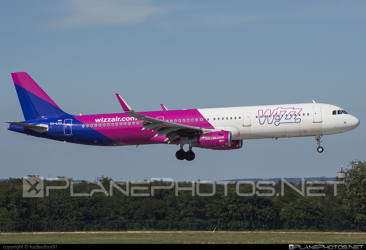 Airbus A321-231 - HA-LXU operated by Wizz Air #a320family #a321 #airbus #airbus321 #wizz #wizzair